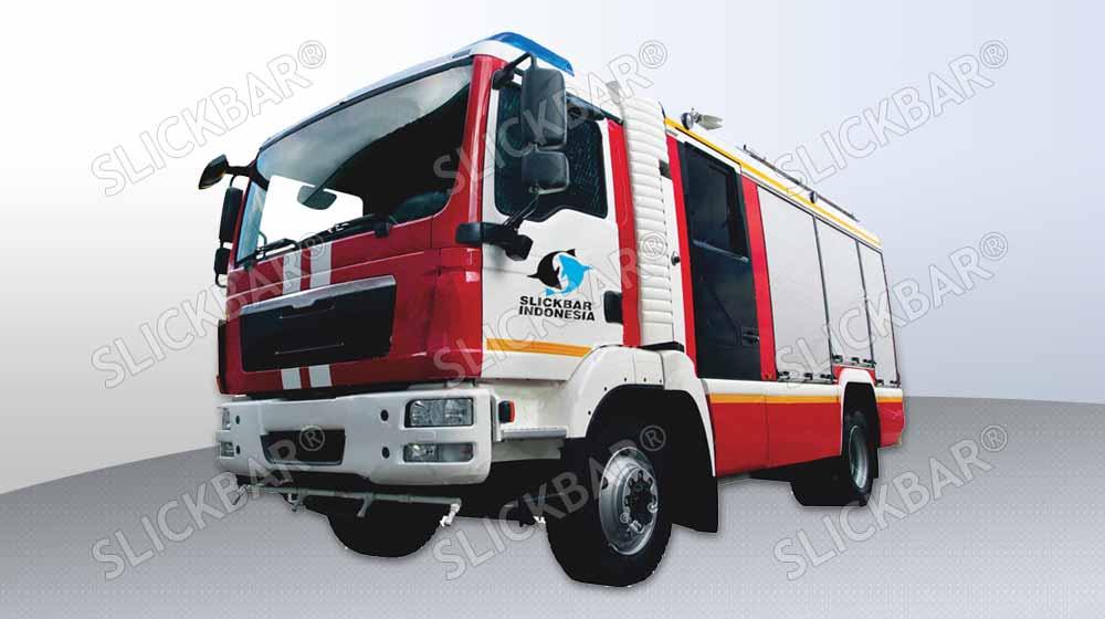 Skimmer Truck